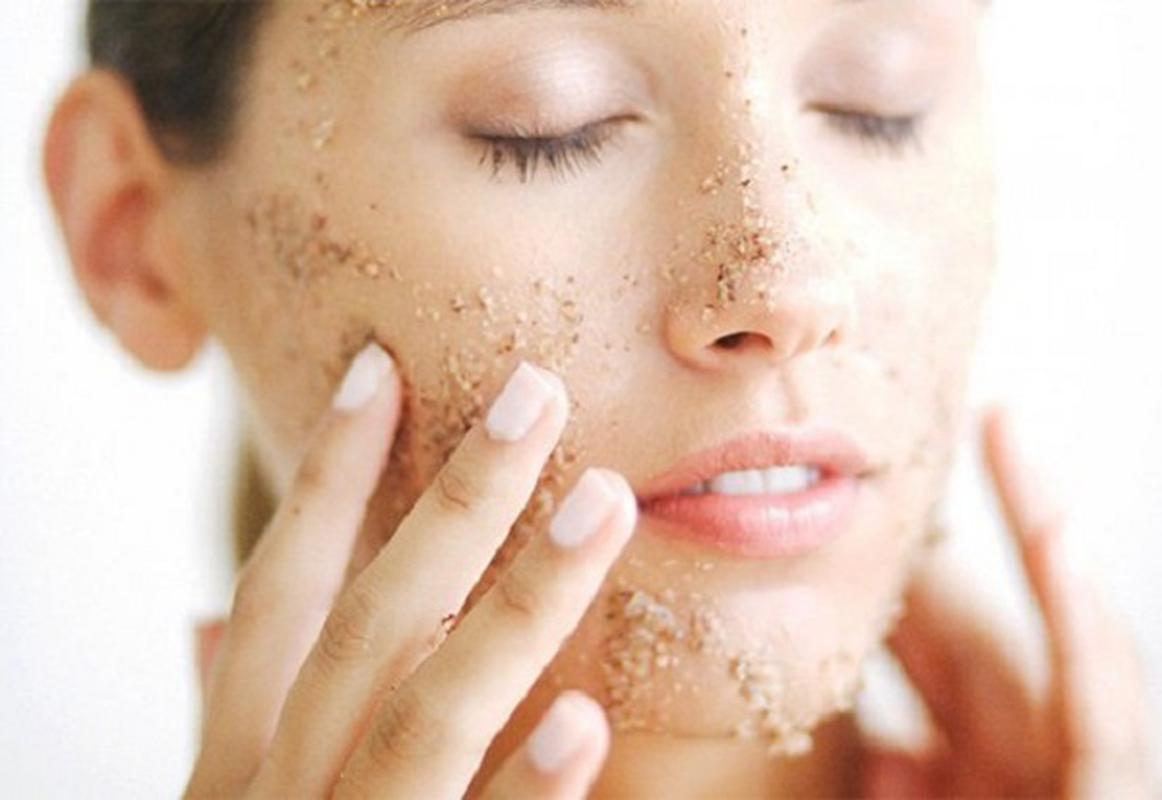 Chăm sóc các loại da đều cần tẩy tế bào chết