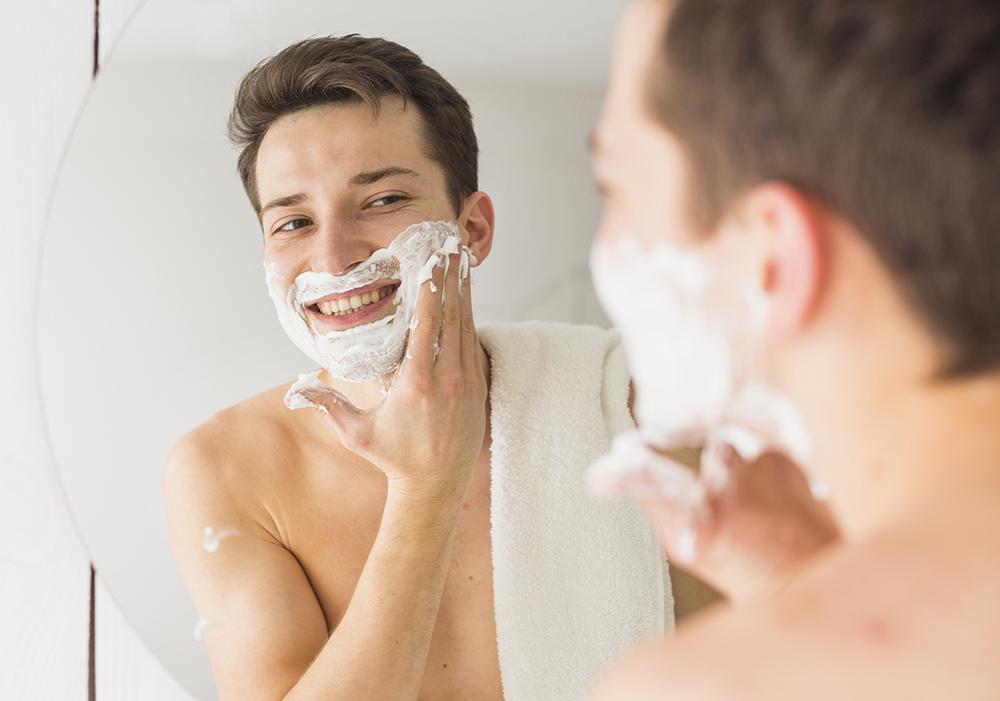Khi chăm sóc da nam giới không nên bỏ qua vùng da ở cẳm