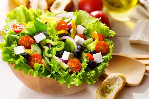 Sử dụng các loại thực phẩm cung cấp dưỡng chất cho da