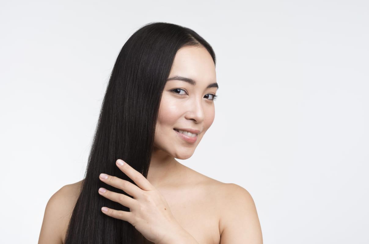 kết hợp việc ủ tóc để tóc nhanh phục hồi hơn